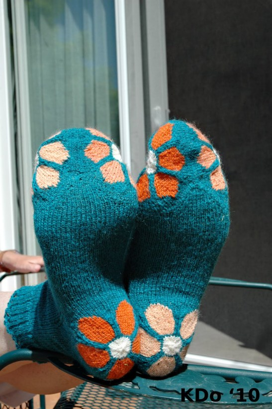 """These are just beautiful, I love them. Socks are still on my """"to craft"""" list, visit  I Dream of Knitting to see the original post"""